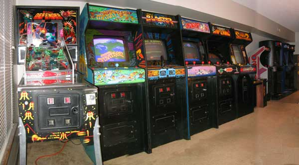 Williams Cabinet Arcade Game Lineup